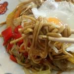 元祖 神谷焼きそば屋 - 肉玉子野菜(並)