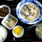 でんすけ食堂 - 鶏と野菜のクリーム煮(日替わりで500円)