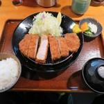 59403913 -  美明豚180gジューシーロースかつ定食  1,440円