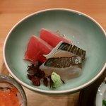 八百亀 - お造り2種 サゴシ炙り・まぐろ炙り(ランチメニュー)