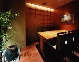北前居酒屋 佐勘  - ゆっくり寛ぎたい方には隠れ家的な個室をご用意。