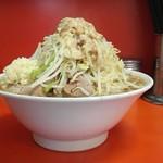 ラーメン二郎 - 大豚※ニンニク野菜アブラの標高