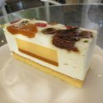 フランス菓子 ミュゲ - 料理写真:【モンテリマール 400円】