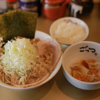 超ごってりスープに合う!+ライス&水餃子の『ごっつAセット』