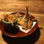 谷中の雀 - 豆鯵フライとカブの煮物
