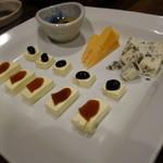 元 - チーズ4種