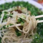 ばってんラーメン  - 麺は自家製