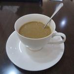 台湾料理 鴻翔 - 食後のコーヒー