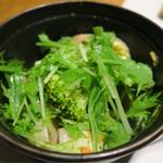 野菜ビストロ レギューム - 蒸し野菜もたっぷり 季節野菜のバリグール風