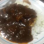 セブンイレブン - タモギダケソテー入りのセブンプレミアムの金のビーフカレーはヤバイ美味さなり。