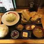 山田屋食堂 - ミックスフライDX定食 1600円 アジ・カキ・イワシ ごはん大盛り