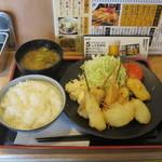 串かつ でんがな - 特製串かつA定食(串かつ7本)