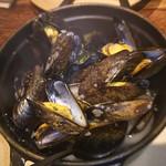 59435037 - ムール貝の白ワイン蒸し