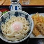三よし - 温玉ぶっかけと天ぷら