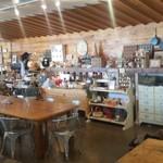 atelier BASEL - 店内の様子、広々として開放感があります