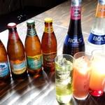 Hawaiian Dining Bar Lua's - ハワイ産ビールの代名詞! ハワイ島コナの地ビール。ラガー「ロングボード」やエール「ビッグウェーブ」などの代表銘柄もご用意!