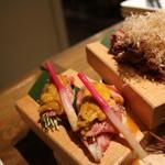 渋谷肉割烹バル 和牛男~COWBOY~ - にいがた和牛のうに乗せ