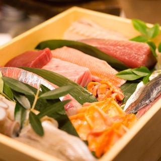 飯田水産、鹿島灘直送の岩牡蠣が美味しい季節です。