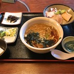 Kiguradiya - 2016 11 うどんセット(ミニ海鮮丼付き)