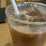 横井珈琲 - アイスカフェモカ735円