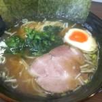 拉麺ぼうず - 料理写真:「中華そば(680円)」[平成28年11月30日(水)]