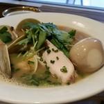 HANABI - あさりの旨みがしみ出たスープ