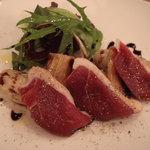 5948852 - 鴨肉の生ハムを添えた牡蠣のソテー、ポロネギと
