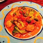 ばんかん亭 - 牡蠣とブロッコリーのトマトソテー