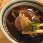 そば処 中村 - 餡かけとなっている独特の「鴨ぬき」