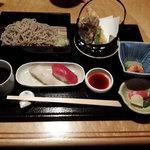 月亭 - 蕎麦定食980円