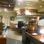 TANTO屋 - ディナータイム 開店すぐの店内 2016.11