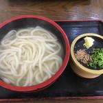 さぬき麺業 高松空港従業員食堂店 - 料理写真:釜揚うどん(*゚∀゚*)270円