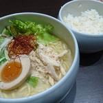 59497273 - 鶏白湯塩そば+大盛り+ごはん                       2016/11/28