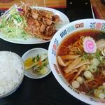 インター食堂 - 生姜焼きとラーメンのセット