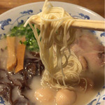 博多らーめん丸山 - 麺の固さは  かた
