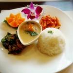 Santabe - Santabe Deli Plate Lunch