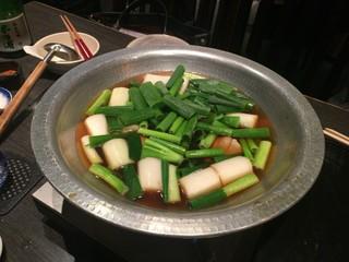 鮮菜魚 早瀬 - 鮪(大トロ)のネギ間鍋、3,500円