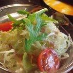 ごはんカフェ 三郎 - セットのサラダ
