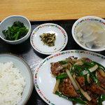 ニイハオ!ポンユウ - レバニラ炒め定食
