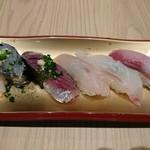 59537536 - 2016年11月 近海地魚尽くし(5貫) 890円