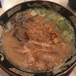 鹿児島ラーメン 豚とろ - 料理写真:
