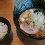 麺家 神明 - ランチはライス無料