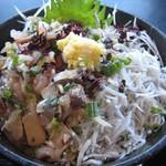 江之島亭 - 鯵たたき・しらす二色丼2