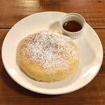カフェ ラインベック - プレーンパンケーキ