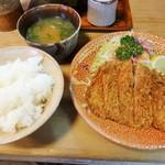 とんかつ 竹家 - ロース定食\880(16-12)