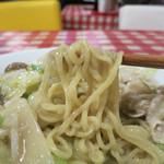 韮菜万頭 - カリカリ揚げ麺ではないけど美味い