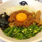 麺や マルショウ - 「台湾まぜそば」(780円)。サイコロメンマが特徴的。