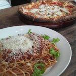 5956174 - Pasta と Pizza