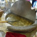 富盛號碗粿 - 魚羹の鍋。
