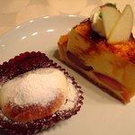 パティスリーgenki - ① 生チョコスフレ、りんごのシブースト